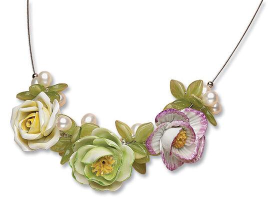 "Anna Mütz: Necklace ""Rose's Dream"""
