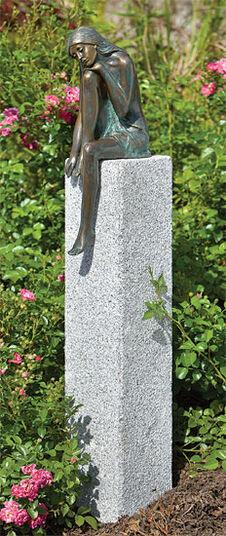 """Garden sculpture """"Emanuelle"""" (Version with Stele)"""