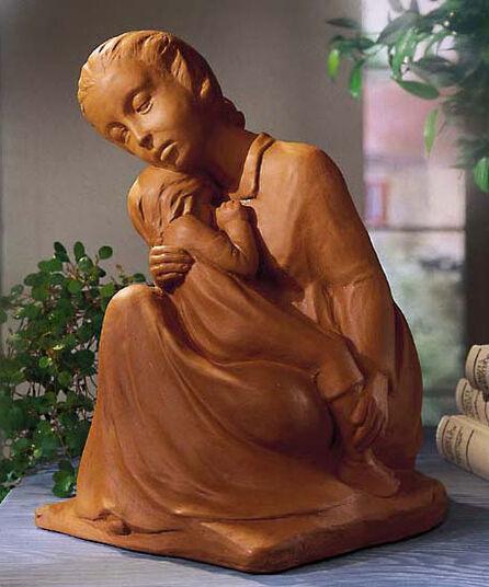 "Dorothea Steigerwald: Sculpture ""Mother's love"", cast stone"