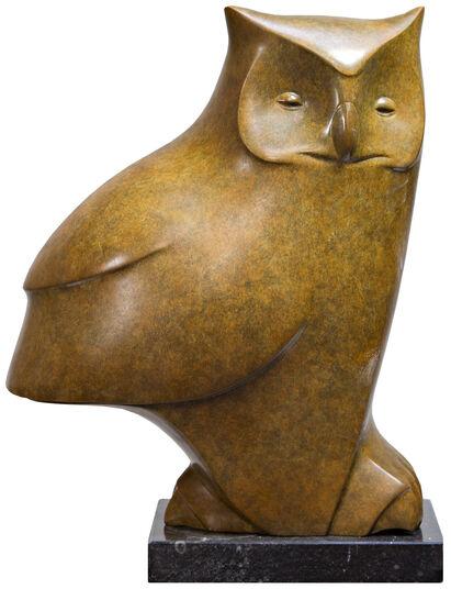 "Evert den Hartog: Skulptur ""Sitzende Eule Nr. 4"", Bronze grün/braun"