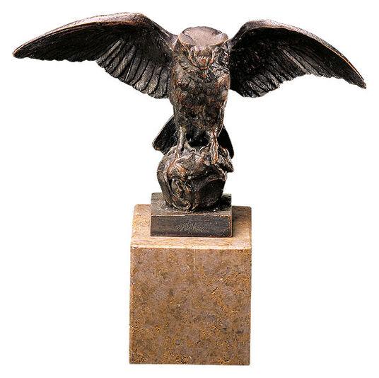 """Antoine-Louis Barye: Sculpture """"Owl"""", metal casting"""