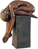 "Sculpture  ""La Spina"" (1999), bronze on a pedestal"