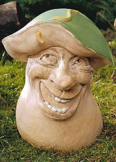 """Gartenfigur """"Steinpilz mit Haustier (boletus wurmus lochinus)"""", Steinguss"""