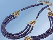 Necklace with lapis lazuli-cuboids