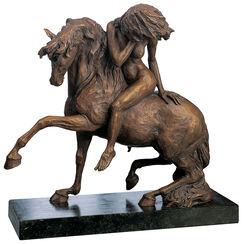 """Sculpture """"Amazone"""", version in polymer bronze"""