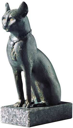 Cat figurine of the goddess Bastet, bronze