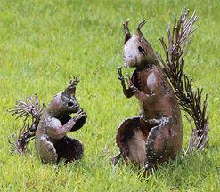"2 Garden figures ""Squirrels"" in a set"