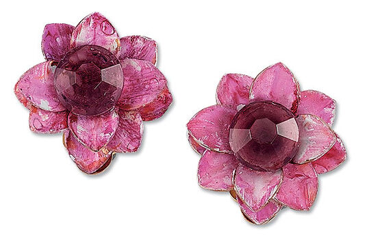 Petra Waszak: Clip earrings 'Water Lilies, Pink'