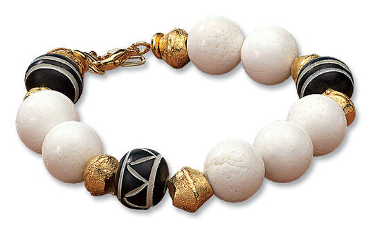 """Petra Waszak: Bracelet """"Coral jewellery"""""""