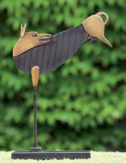 "Paul Wunderlich: Sculpture ""Jumping dog"" bronze"