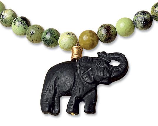 """Petra Waszak: Pearl necklace """"African Elephant"""""""