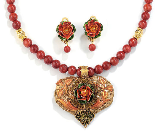 Petra Waszak: Jewelry set 'Rose Heart'