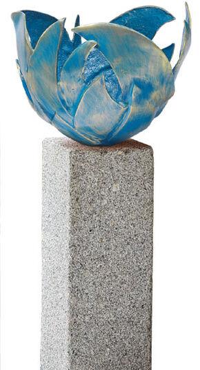Blaue Feuerschale (Version mit Granitstele)