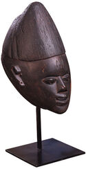 Female Lobi head