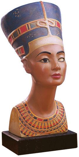 Bust of Queen Nofretete, reduction