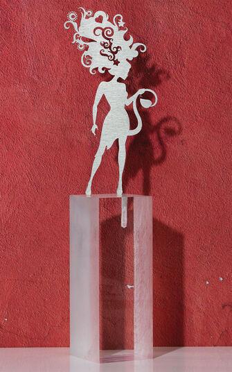"""DOS: Sternzeichen-Skulptur """"Löwe"""" (23.7.-23.8.), Edelstahl auf Sockel"""