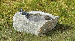 """Vogeltränke """"Jorinde"""", Bronze auf Stein"""