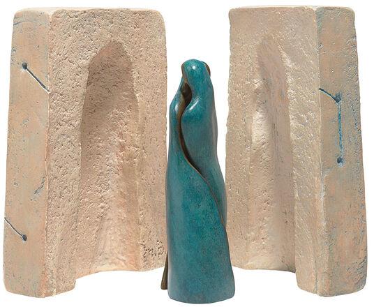 """Maria-Luise Bodirsky: Skulpturengruppe """"Beziehungskiste"""", Bronze und Steinguss"""