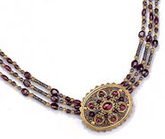 "Necklace ""Garnet Fire"""