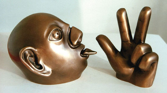 "Rainer Kriester: Sculpture ensemble ""Head and Hand"", Bronze"