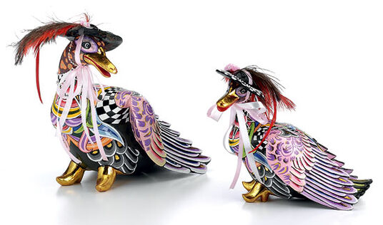 """Thomas Hoffmann / Tom's Drag: Fashion Ducks """"Barbra"""" and """"Goldie"""" in a Set, Hand Painted"""
