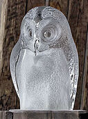 "Glass sculpture ""Owl"", white version"
