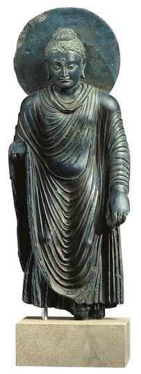 Stehender Buddha