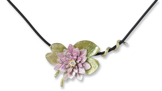 """Kerstin Stark: Necklace """"water lily"""""""