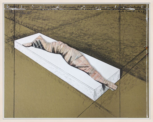 "Christo: Bild ""Wrapped Women"" (1996)"
