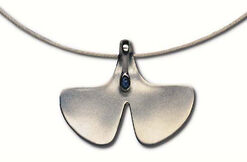 """Ginkgo-Necklace"", 925 sterling silver with sapphire"