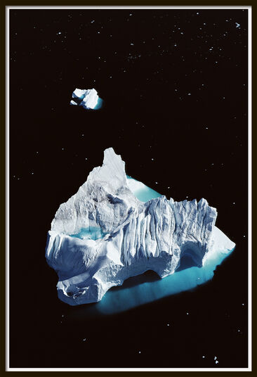 "Georg Gerster: Bild ""Iceberg at Disko Bay, Greenland - from the series All about Water"" (1989)"