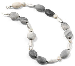 Pebble necklace with fish