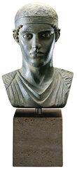 """""""Büste des Wagenlenkers von Delphi"""" (Reduktion), Kunstguss handbemalt"""