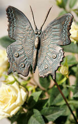 """Gartenstecker """"Schmetterling auf Bronzestab"""""""