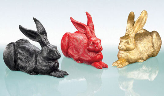 "Ottmar Hörl: 3 sculptures ""Large Piece of Hare (Black-Red-Gold)"" in a set"