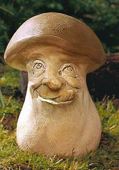 "Garden Figure ""The mischievous tongue Strecker boletus (boletus frechdachsis ridiculus),"" stone molding"