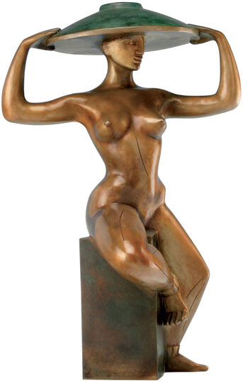 "Sybille de Braak: Skulptur ""Mädchen mit Hut"", Version in Bronze"