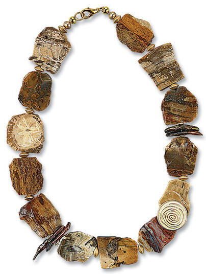 "Anna Mütz: Necklace ""Petrified Wood"""