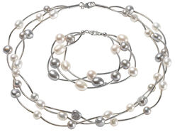 "Jewelry Set ""Pearls"""