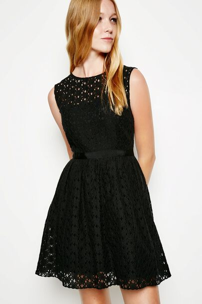 STROOD SLEEVELESS LACE DRESS