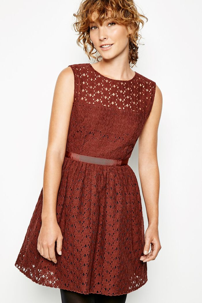 Product photo of Dress strood sleeveless lace damson