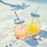Trinkglas mit Deckel und Griff, ca 450ml, klar