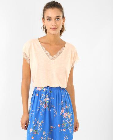 T-shirt dentelle rose pâle