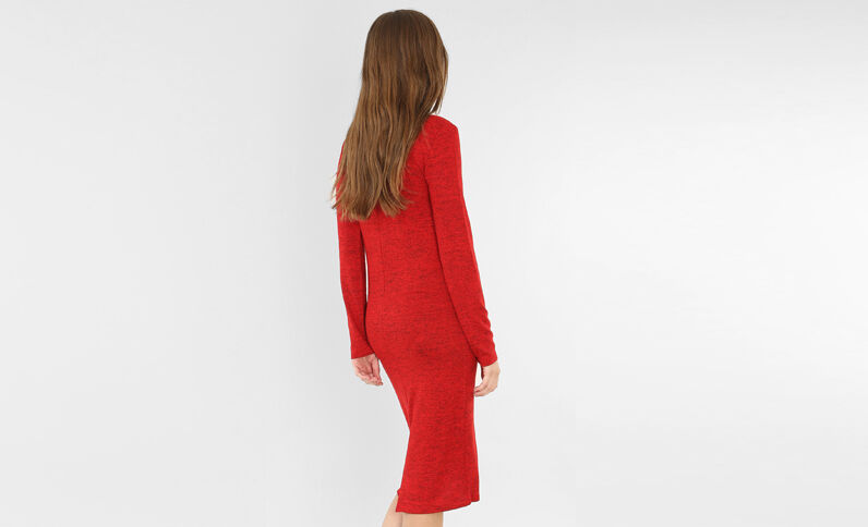 Robe pull longue rouge
