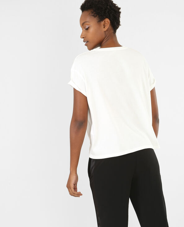 Camiseta con parches crudo