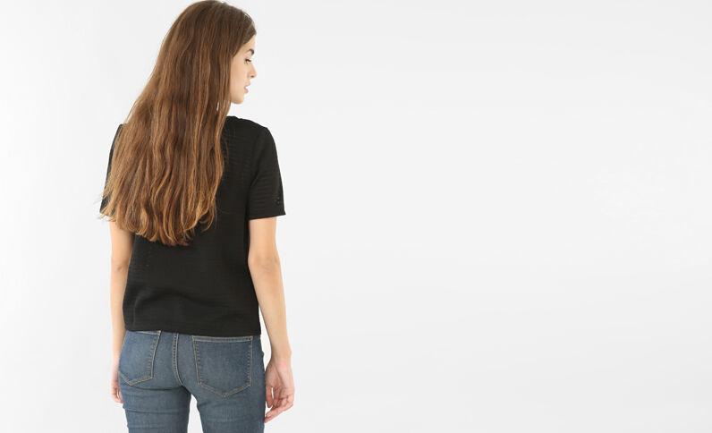 Camiseta calada con bisutería negro