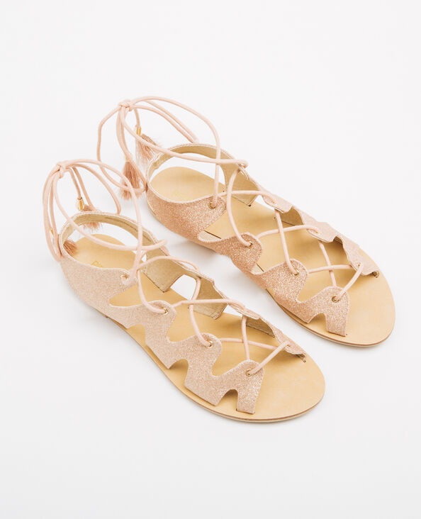 Sandalias romanas glitter rosa maquillaje