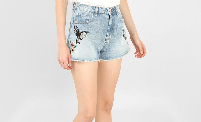 Jeansshort met toekanprint denimblauw