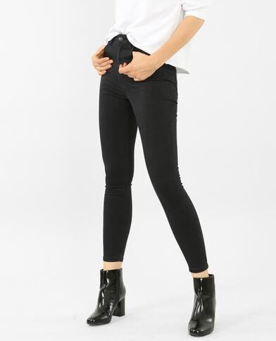 Skinny Jeans mit hohem Bund. Schwarz