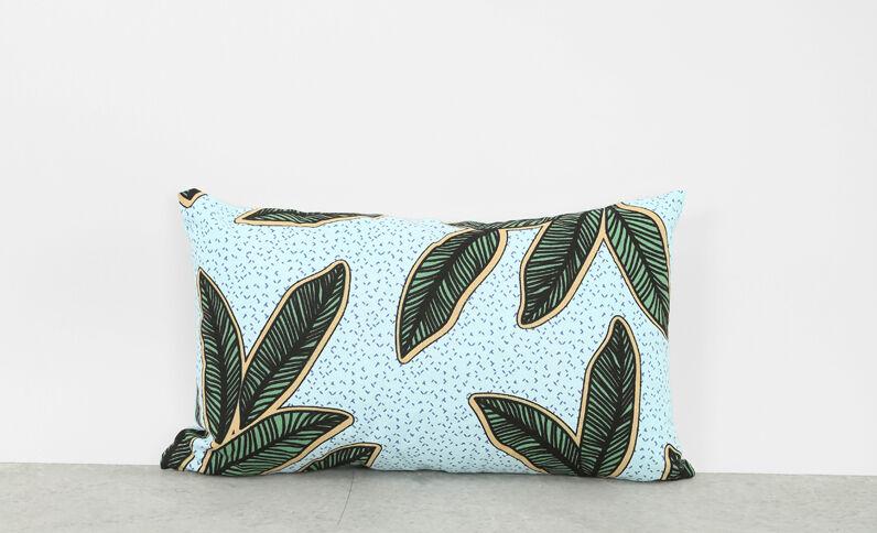 Kissen mit Blätterprint Himmelblau
